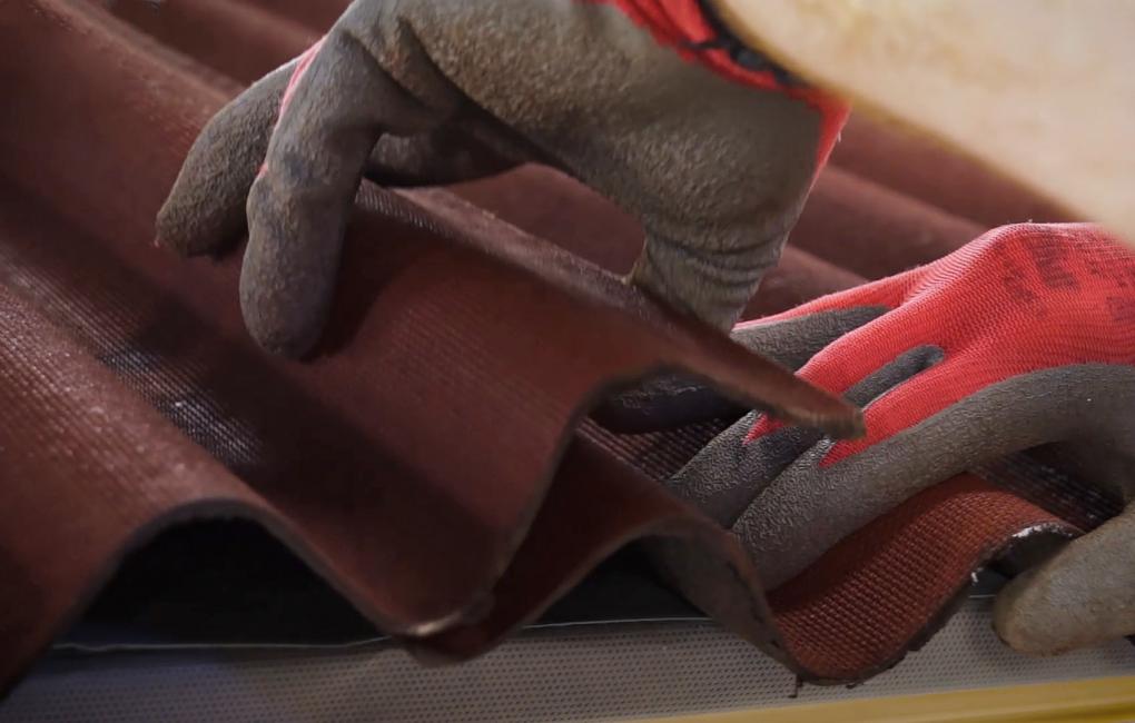 Instalación placa bituminosa, ondulada e impermeable, ONDUCOBER