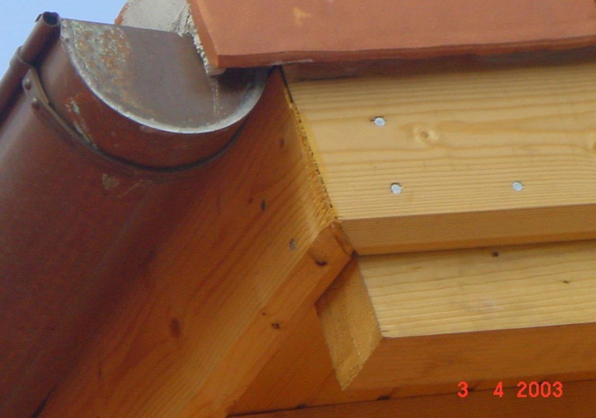 Remate madera panel sandwich cubierta ONDUTHERM - detalle cierre perimetral tejado