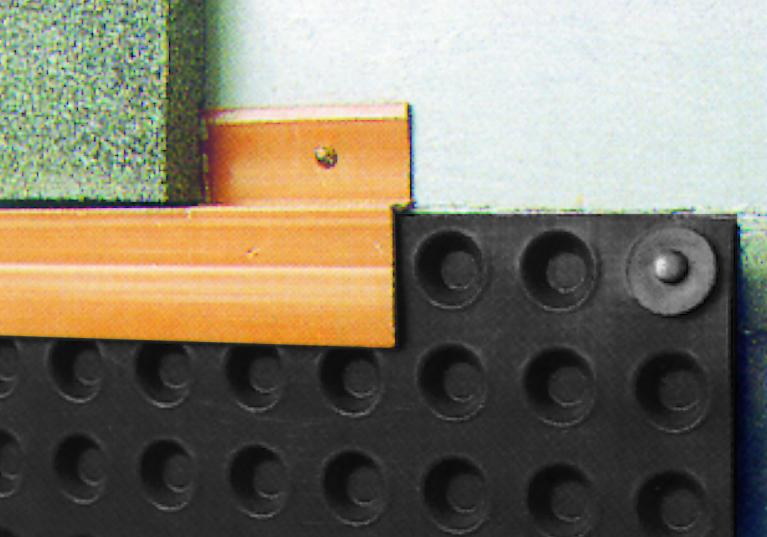 Perfil remate lámina drenante protección muros FONDALINE